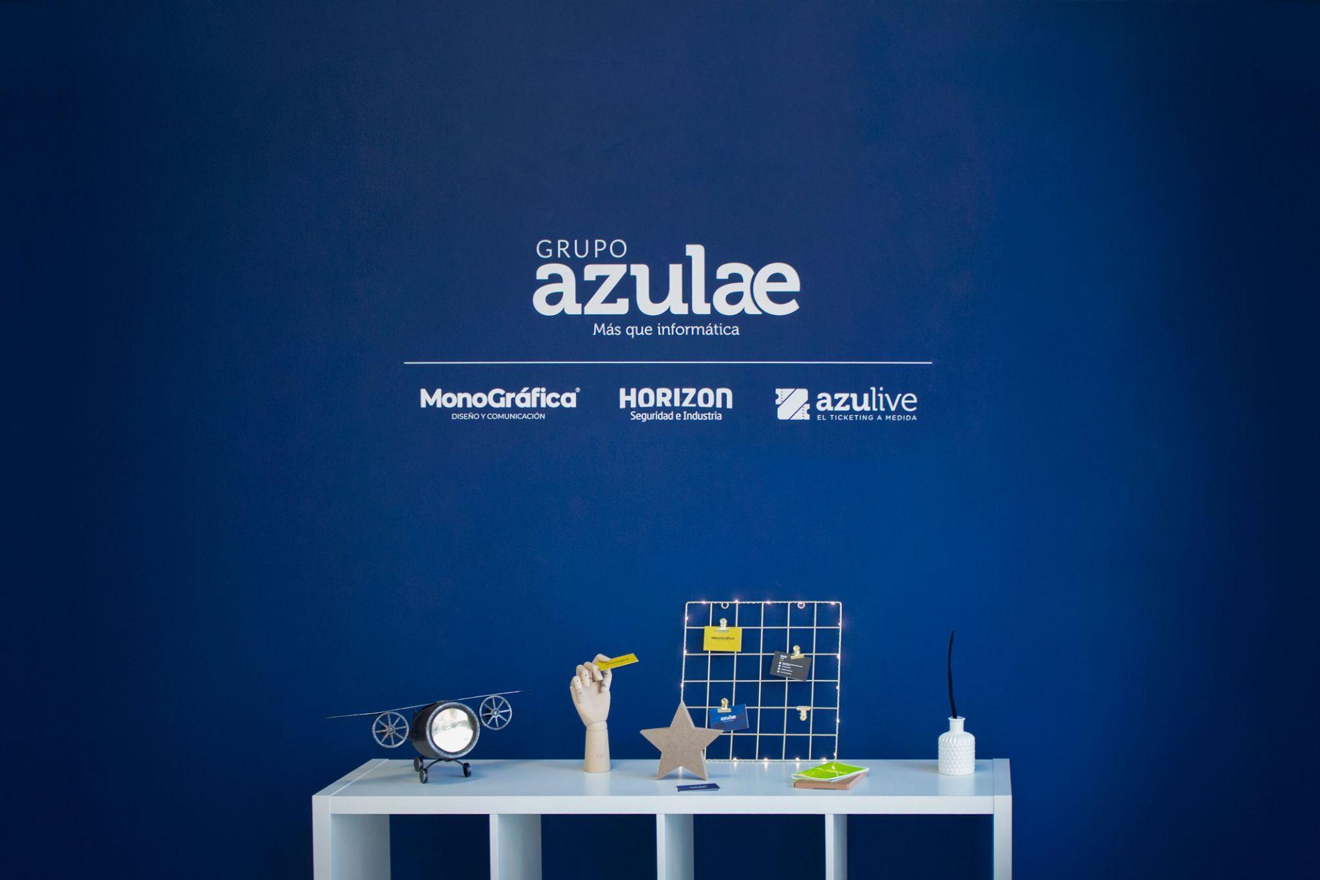 Entrada oficina Grupo Azulae